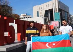 Türkiyədə Azərbaycan bayrağına hücum edənə belə reaksiya verdilər - SOSİAL ÇARX