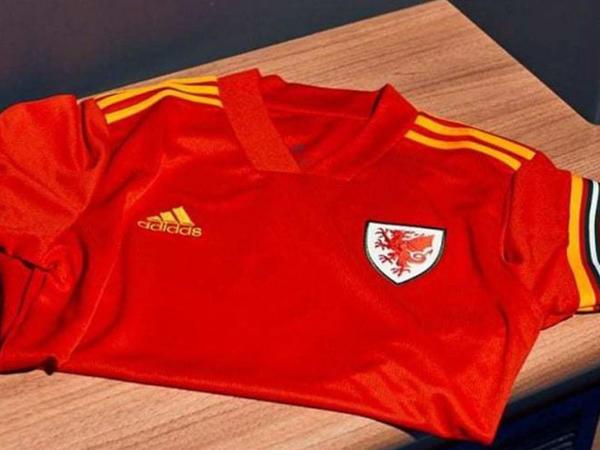 """Azərbaycanla oyuna yeni forma ilə çıxacaqlar - <span class=""""color_red"""">FOTO</span>"""