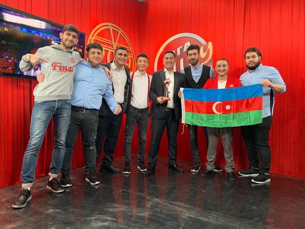 Azərbaycanı təmsil edən komanda Ukraynada kubok aldı