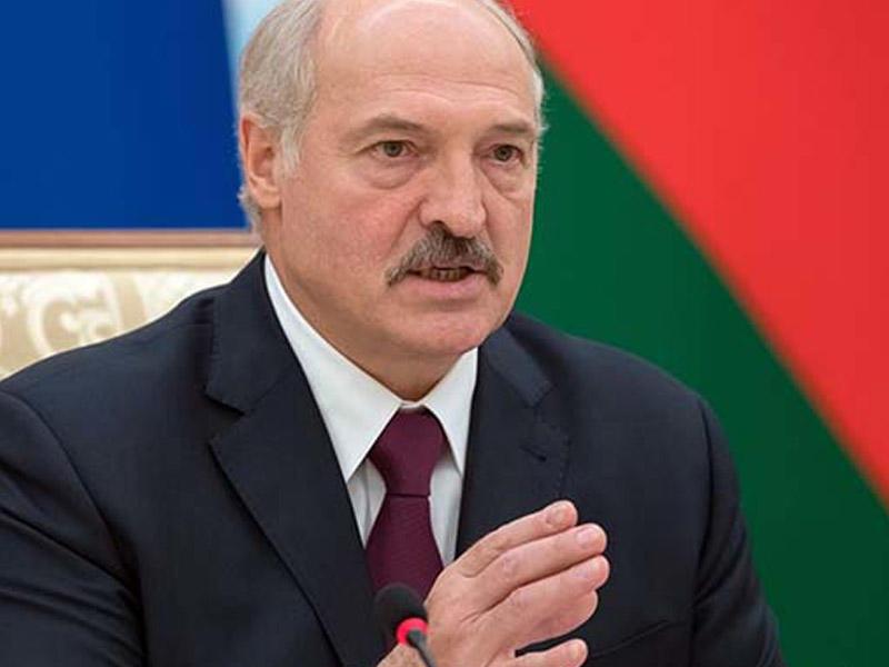 """""""Ruslar Belarusda daha yaxşı yaşayır"""" - Lukaşenko"""