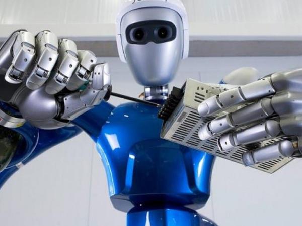 """Antropomorf robotlar haqqında bütün həqiqət... – <span class=""""color_red"""">ARAŞDIRMA</span>"""