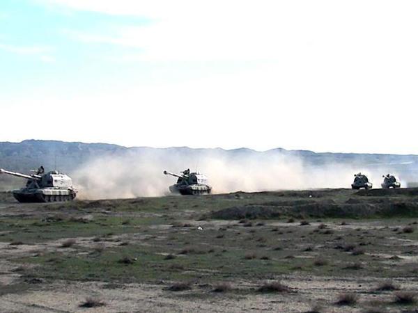 """Raket və Artilleriya Qoşunları əməliyyat təliminin tapşırıqlarını icra edir - <span class=""""color_red"""">VİDEO - FOTO</span>"""