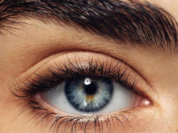 """Soyuq havalarda gözləri soyuqdan necə qorumaq lazımdır?  - <span class=""""color_red"""">Oftalmoloq izah edir</span>"""