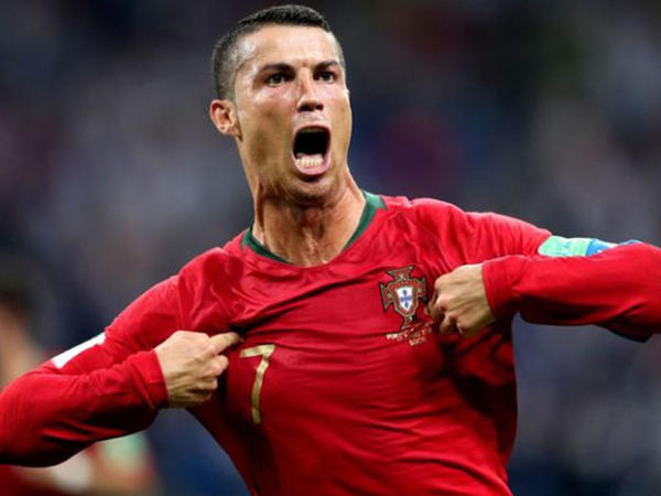 Ronaldo rekorda yaxınlaşdı
