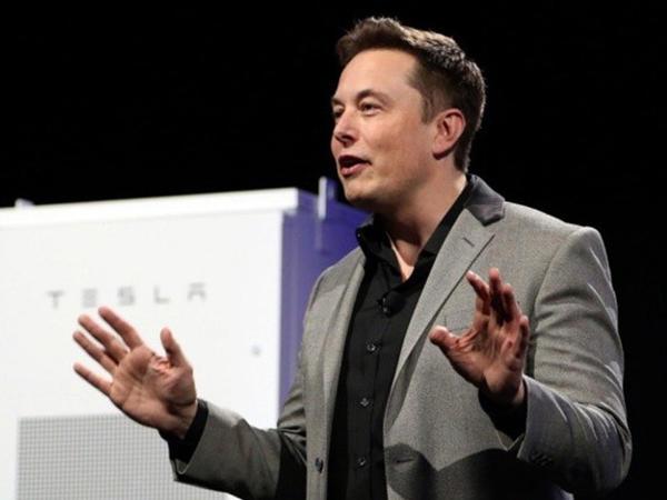 Elon Musk Tvitterdən istifadəni dayandırdı