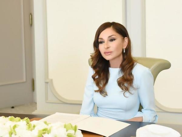 Birinci vitse-prezident Mehriban Əliyeva Milli Dirçəliş Günü münasibətilə Azərbaycan xalqını təbrik edib