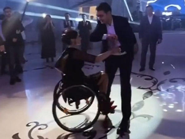 Vüsalədən daha bir möhtəşəm rəqs - VİDEO