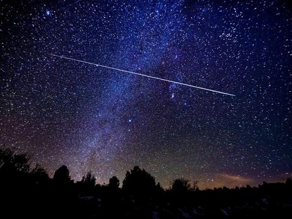 Bu gecə Leonid meteor yağışının atmosferdə maksimum aktivliyi müşahidə olunub