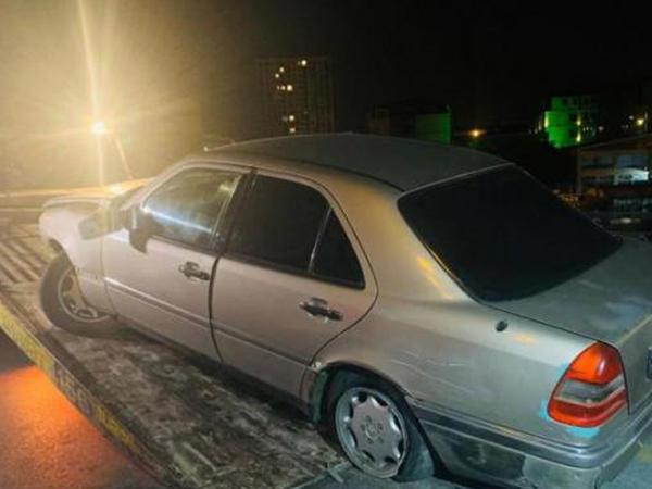 Bakıda yol qəzası törədərək avtomobilini aşıran sürücü hadisə yerindən uzaqlaşıb - FOTO