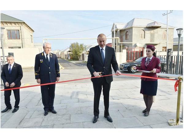 Prezident İlham Əliyev Pirşağı dəmir yolu stansiyasının açılışında iştirak edib - FOTO