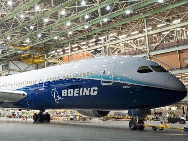 """""""Boeing 737"""" ən çox satılan təyyarə statusunu """"Airbus A320""""-ə uduzub"""