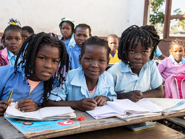 20 Noyabr - Dünya Uşaq Hüquqları və Konvensiyası Günüdür