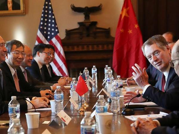 Çin ABŞ-la ticari razılığa gəlməyə çalışır