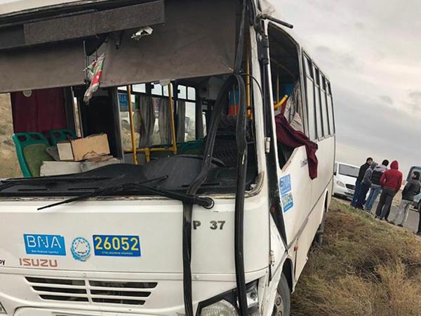 """Bakıda 6 nəfərin yaralandığı avtobus qəzası ilə bağlı <span class=""""color_red"""">RƏSMİ AÇIQLAMA - YENİLƏNİB - FOTO</span>"""