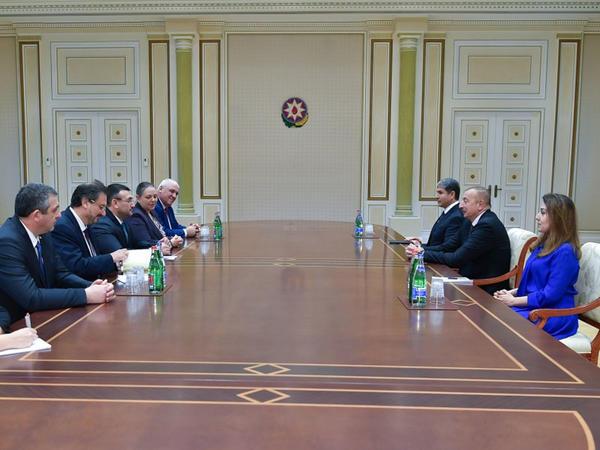 Prezident İlham Əliyev Bolqarıstanın Daxili İşlər nazirinin başçılıq etdiyi nümayəndə heyətini qəbul edib - FOTO