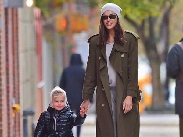 """İrina Şeyk qızı ilə Nyu-York küçələrində - <span class=""""color_red"""">FOTO</span>"""