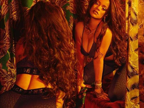 """Rihanna yenə bikinili <span class=""""color_red"""">FOTOları ilə gündəmdə</span>"""
