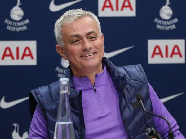 """Mourinyodan maraqlı cavab - """"Onda """"Çelsi""""dən qovulmamışdım"""""""