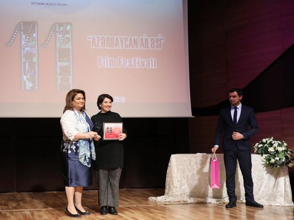 """&quot;Azərbaycan ailəsi&quot; film festivalının final mərhələsi keçirilib - <span class=""""color_red"""">Muğam Mərkəzində - FOTO</span>"""