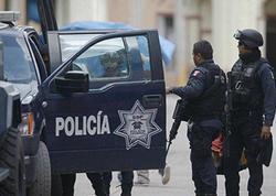 """Meksikada silahlılar bələdiyyə administrasiyasına hücum ediblər, <span class=""""color_red"""">ölənlər var</span>"""