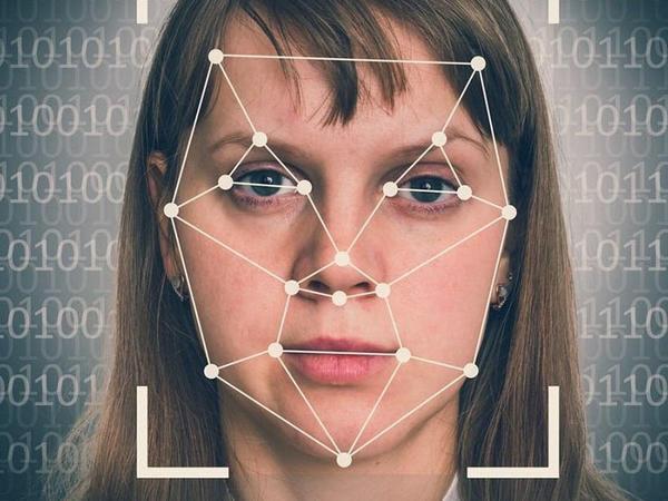 Çində DeepFake videolarına qadağa gəldi: Saxta xəbərlərin qarşısı alına bilmir - VİDEO