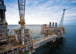 Azərbaycan gündəlik neft hasilatını daha 7 min barrel azaldacaq