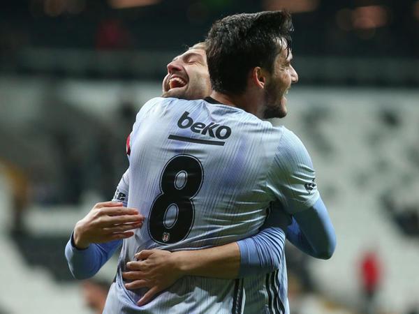 """&quot;Beşiktaş&quot; kubokda qələbə qazandı - <span class=""""color_red"""">VİDEO - FOTO</span>"""