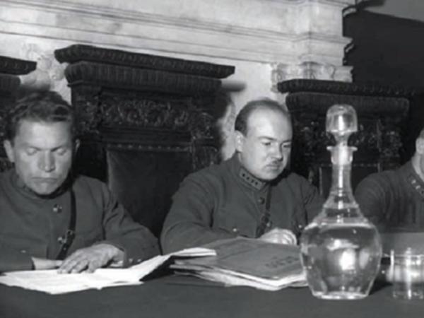 """Stalinin ən qəddar cəlladı - <span class=""""color_red"""">30 min adama ölüm hökmü kəsən Ulrix - FOTO</span>"""