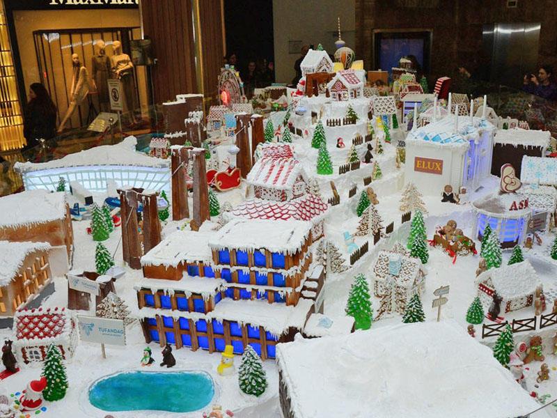 Nargis Nəşriyyat Evinin Gingerbread City sərgisi açıldı - FOTO