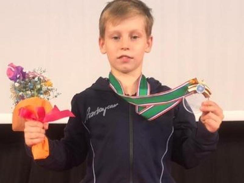 Gimnastımız Tokioda qızıl medal qazanıb