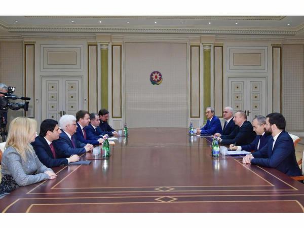 Prezident İlham Əliyev Rusiyanın İqtisadi İnkişaf nazirinin başçılıq etdiyi nümayəndə heyətini qəbul edib - FOTO