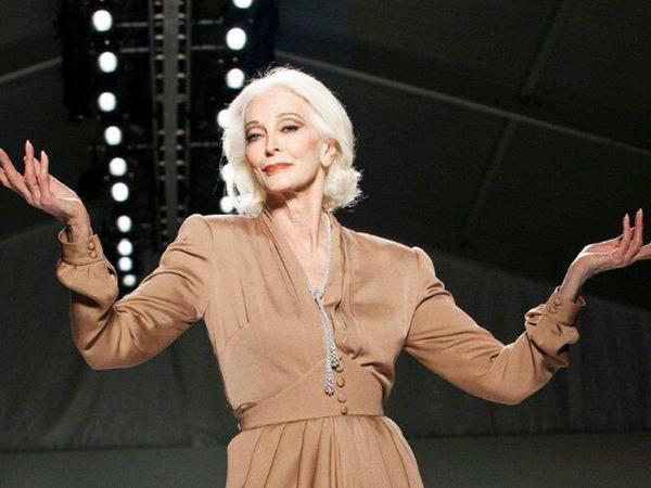 88 yaşlı məşhur modelin gənclik FOTOLARI yayıldı
