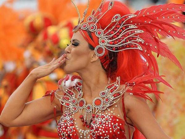 Dünyanın ən gözəl karnaval FOTOları