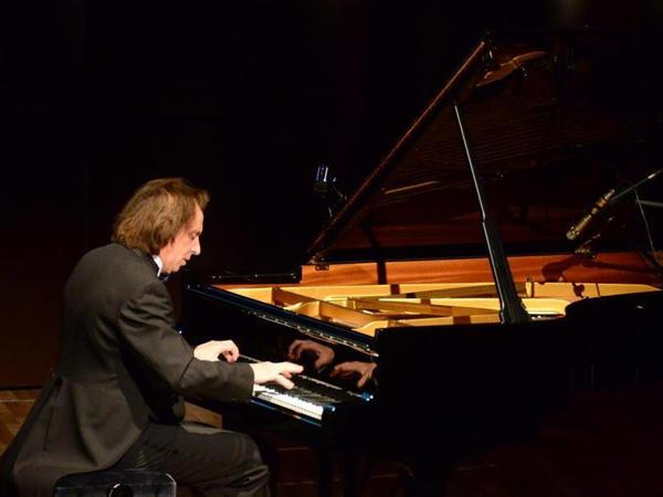 Bakıda ilk dəfə Senya Sonun solo konserti keçirildi - VİDEO - FOTO