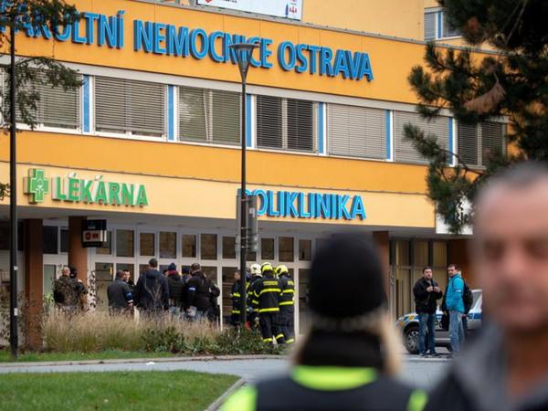 Çexiyada silahlı hücum: 6 nəfər ölüb