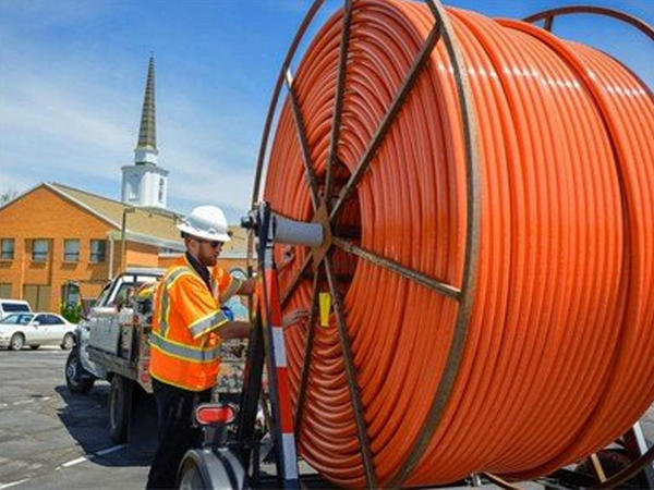 Ağacdan fiber-optik kabel hazırlanıb