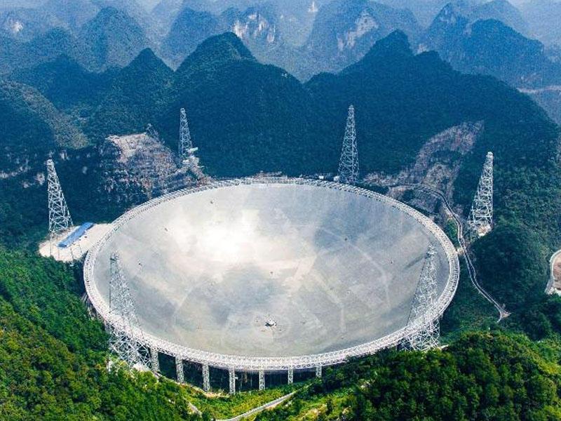 Çinin nəhəng radio teleskopu yerdən kənar həyatın axtarışlarına başlayıb