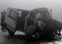 """Dumanlı hava ağır yol qəzasına səbəb oldu: <span class=""""color_red"""">3 ölü, 2 yaralı - FOTO</span>"""