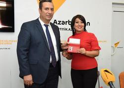 """Bir qrup Azərbaycan jurnalistlərinə  """"Beynəlxalq media vəsiqəsi"""" verildi - <span class=""""color_red"""">FOTO</span>"""