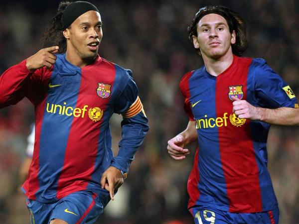 """&quot;Messi dövrünün ən yaxşısıdı&quot; - <span class=""""color_red"""">Ronaldinyo</span>"""