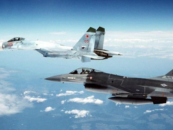"""Türk F-16-ları yunan pilotlara dəhşət yaşatdı - <span class=""""color_red"""">ŞOK VİDEO</span>"""