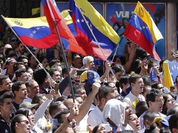 Kolumbiya hakimiyyəti vətəndaşların təkliflərini qəbul edən saytı istifadəyə verib