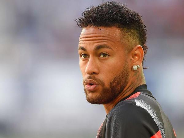 """Neymar """"Barselona""""nı yenidən məhkəməyə verdi"""