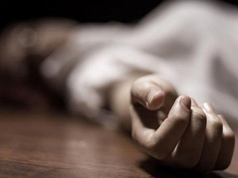 Sumqayıtda 19 yaşlı qız sirkə turşusu içərək ölüb