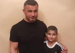 """Qurban Qurbanov 12 yaşlı azarkeşi ziyarət etdi - <span class=""""color_red"""">VİDEO</span>"""