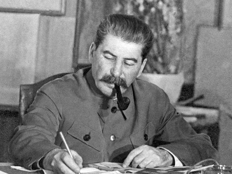 Stalinin məxfi parolu: Azərbaycanlı dahidən bunu istəmişdi