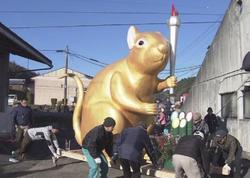 Yaponiyada nəhəng siçan heykəli ucaldılıb