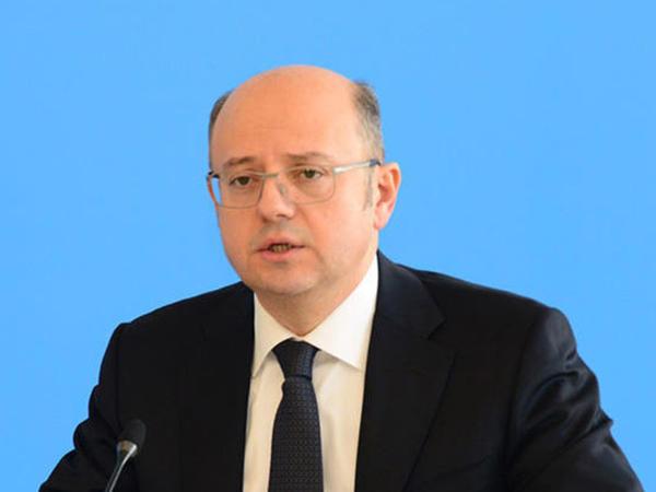 """Pərviz Şahbazov: """"2020-ci il Azərbaycanda bərpa olunan enerji sektorunun inkişafında yeni mərhələnin başlanğıcı olacaq"""""""