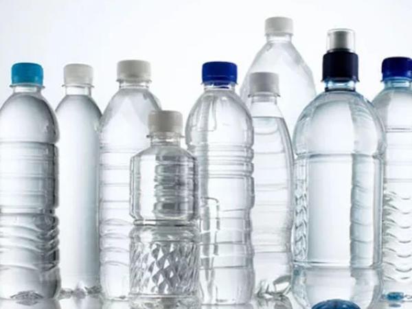 Plastik su qablarını təkrar istifadə edəndə nə baş verir? - TƏHLÜKƏ