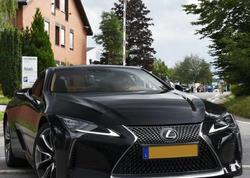 Lexus LC 500 Convertible kabrioletinin xüsusi versiyası hərracda satılacaq